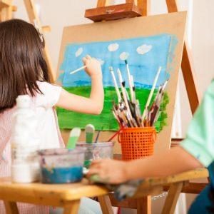 child_painting_acrylic