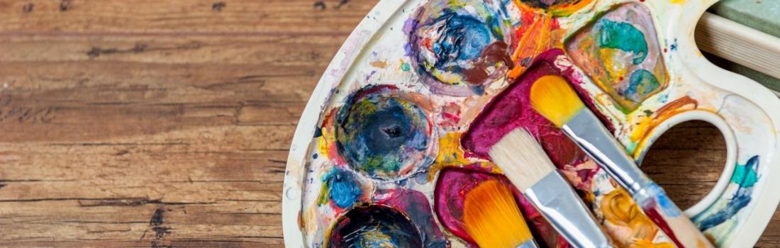 Artist in residency! Owner Sarah King of The King Art Studio!